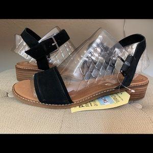 Toms Camilia sandals in black, low heel